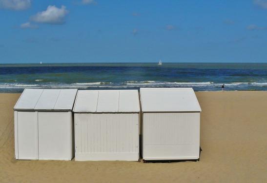 beach-327130_1920
